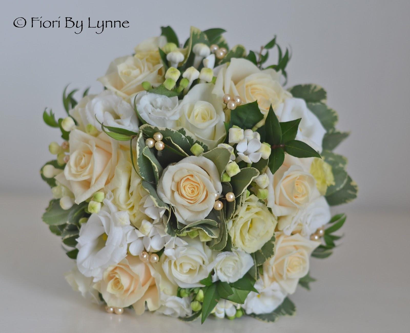 Wedding flowers blog kirsty s vintage gold wedding for Gold flowers for wedding bouquet