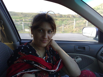 dever enjoying with bhabhi in the car