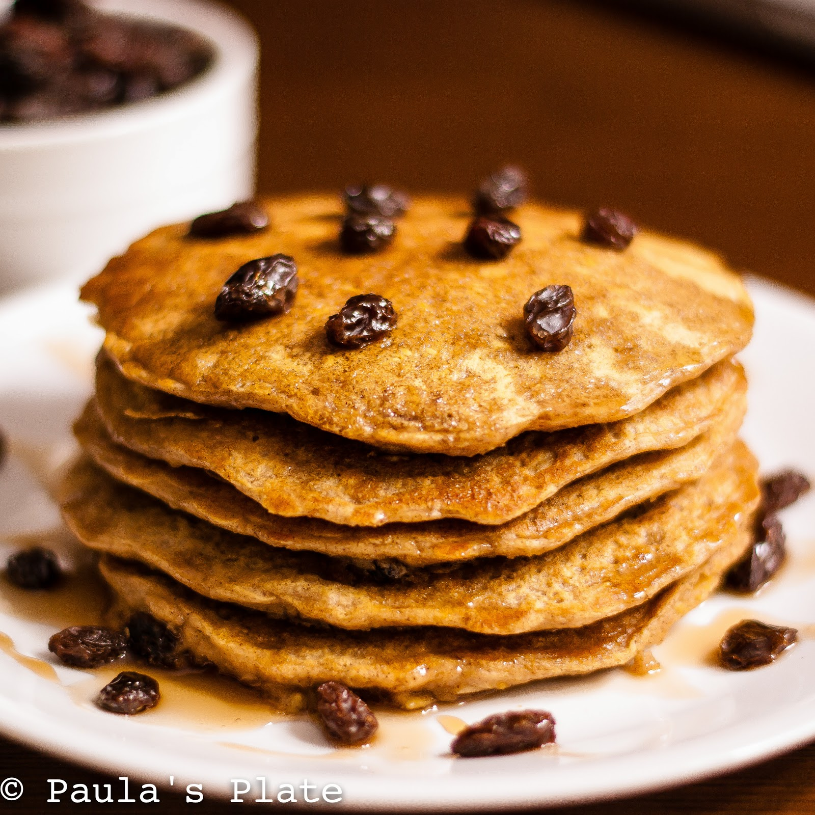 Paula's Plate: Oatmeal Raisin Cookie Pancakes