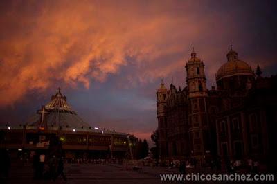 Celebraciones para la Vírgen de Guadalupe. Fotografía y audiovisual por Chico Sánchez. Partituras de Las Mañanitas.