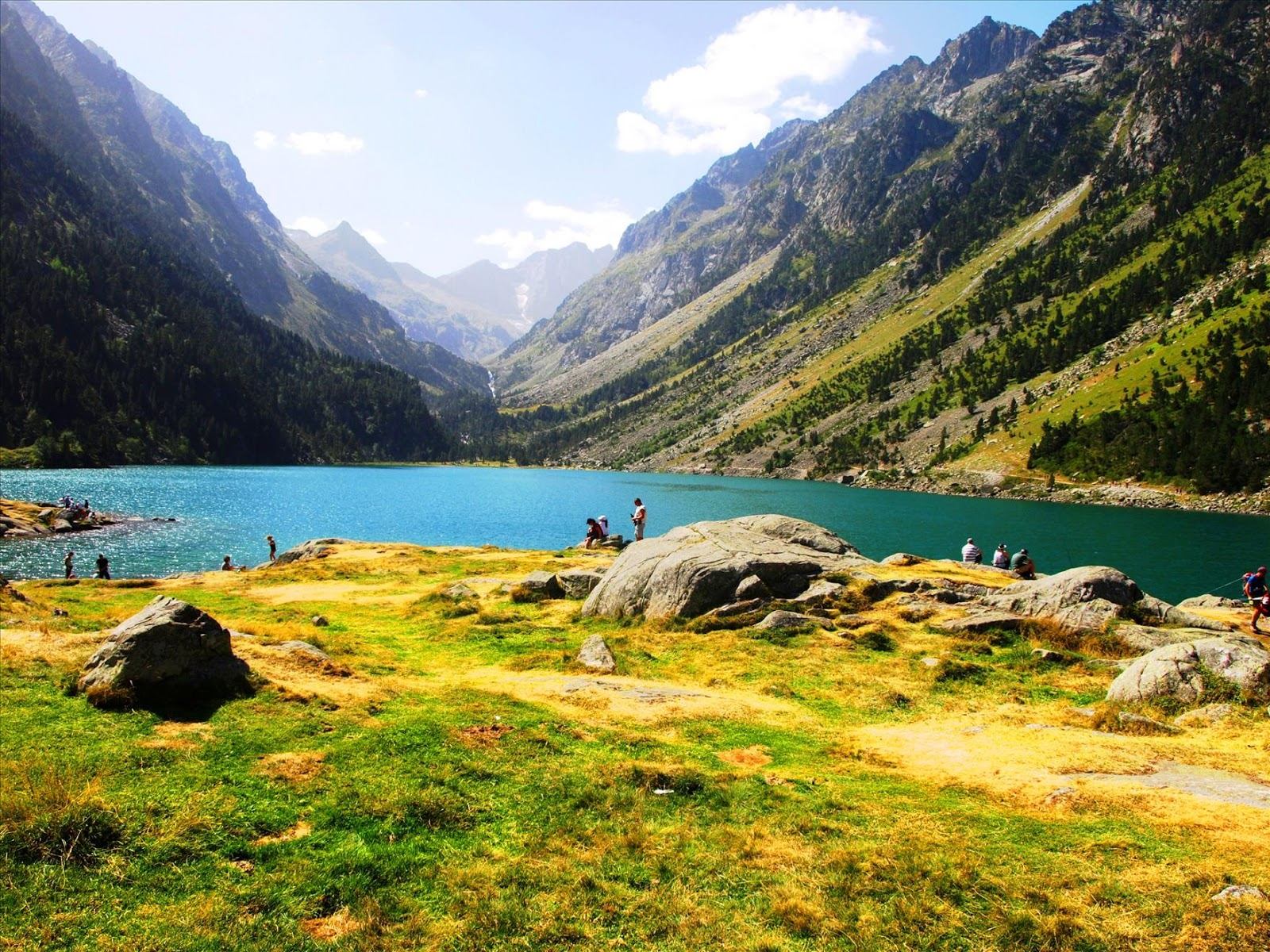 Best pyrenees photos haute pyrennees lac de gaube pont d espagne france