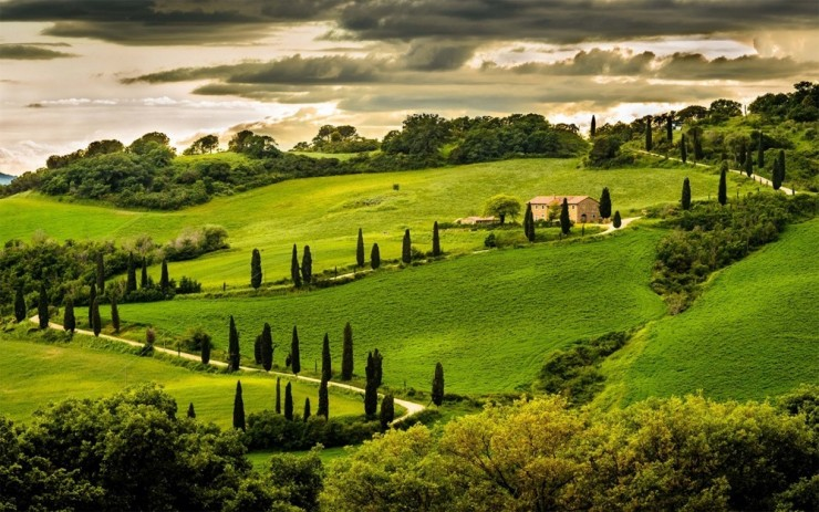 26. Valleys in Umbria - 29 Amazing Places in Italy