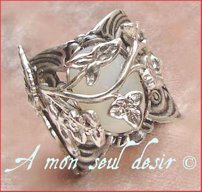 bague elfique opale blanche elfe bijou arwen galadriel fée féerique végétal médiéval renaissance forêt elven elf white opal ring
