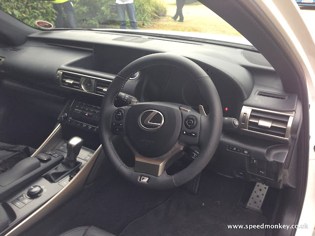 2013 Lexus IS300h interior