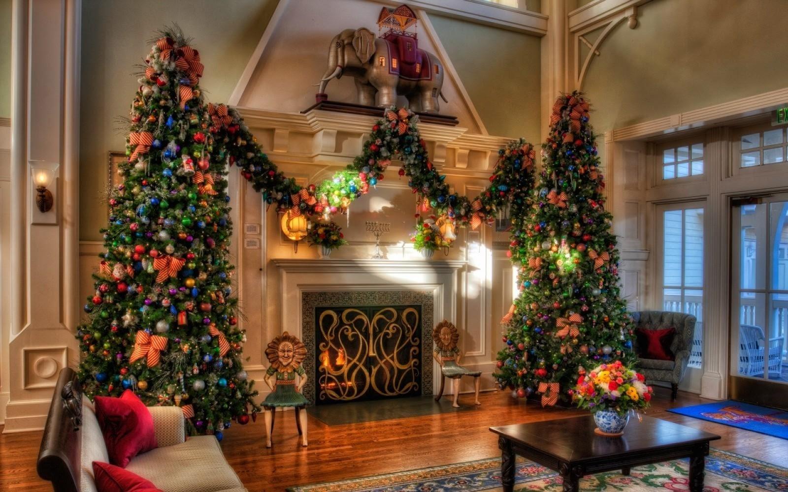 Fachada de casas decoradas para navidad frases de amor for Casas decoradas por dentro