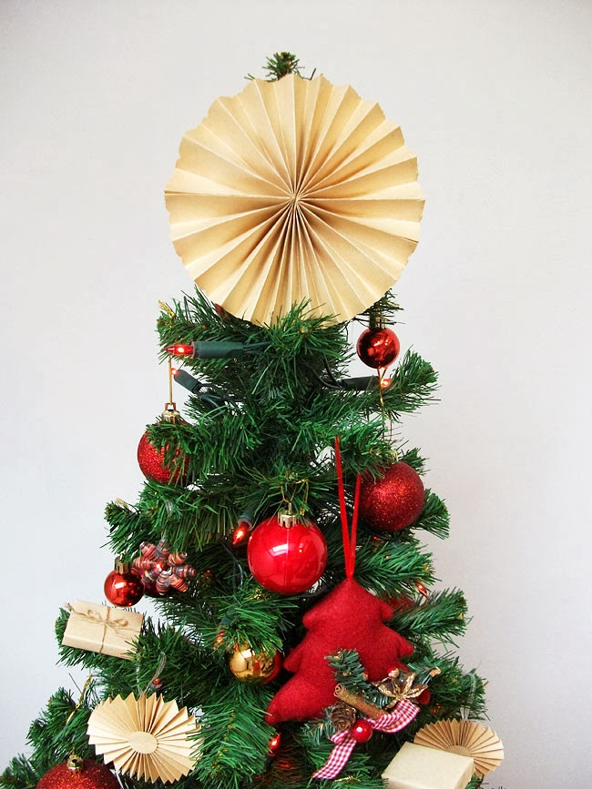 christmas decorations, diy paper christmas tree topper