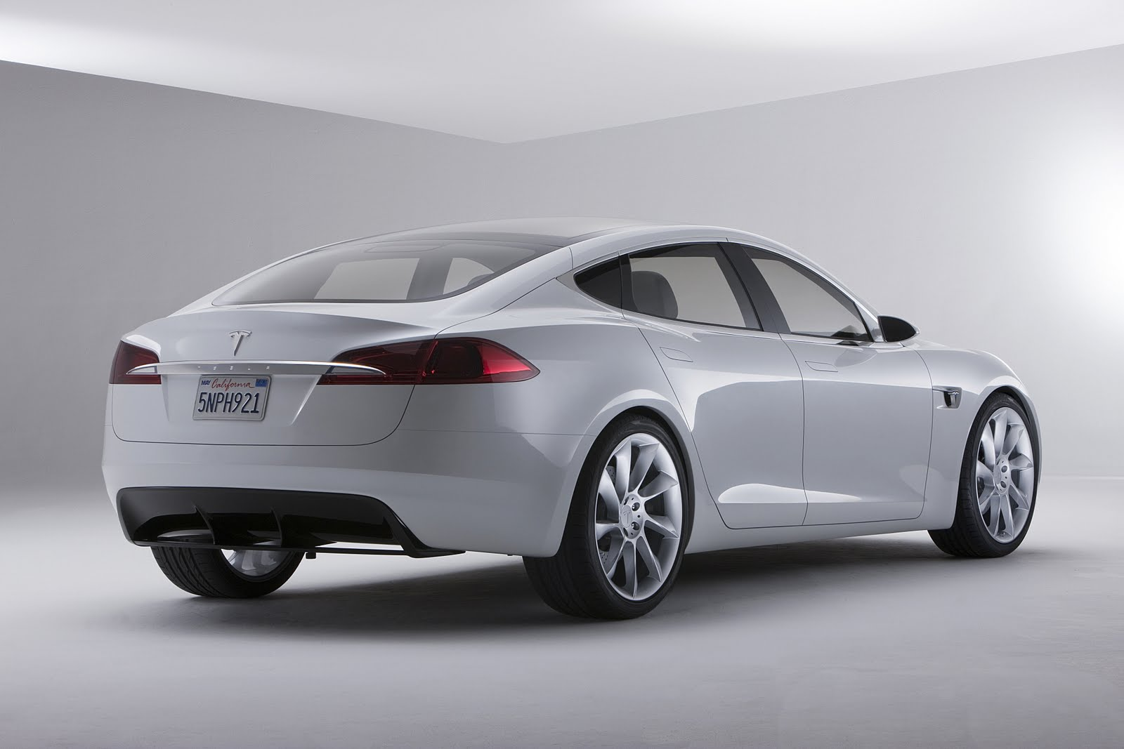 2013 tesla model s cars port