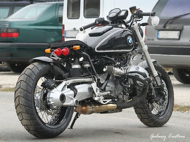BMW R1200R Custom | Custom BMW R1200R | BMW R1200R Seat | BMW R1200R Exhaust