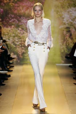 chemise en dentelle blanche chantilly pantalon marin blanc défilé printemps été 2014Haute couture Zuhair Murad