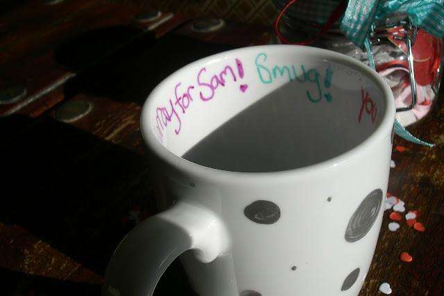 Easy mug decorating