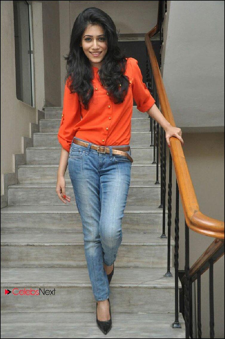 nikita sharma hot jeans   viewing gallery