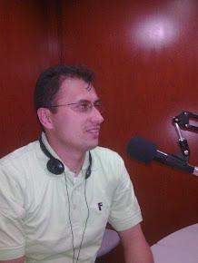 Tambien Escucha a Leonardo Favio Zapata  Velasquez
