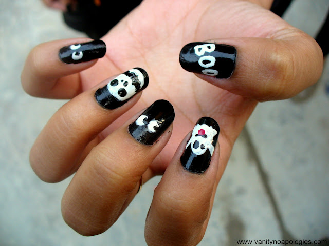 halloween manicure