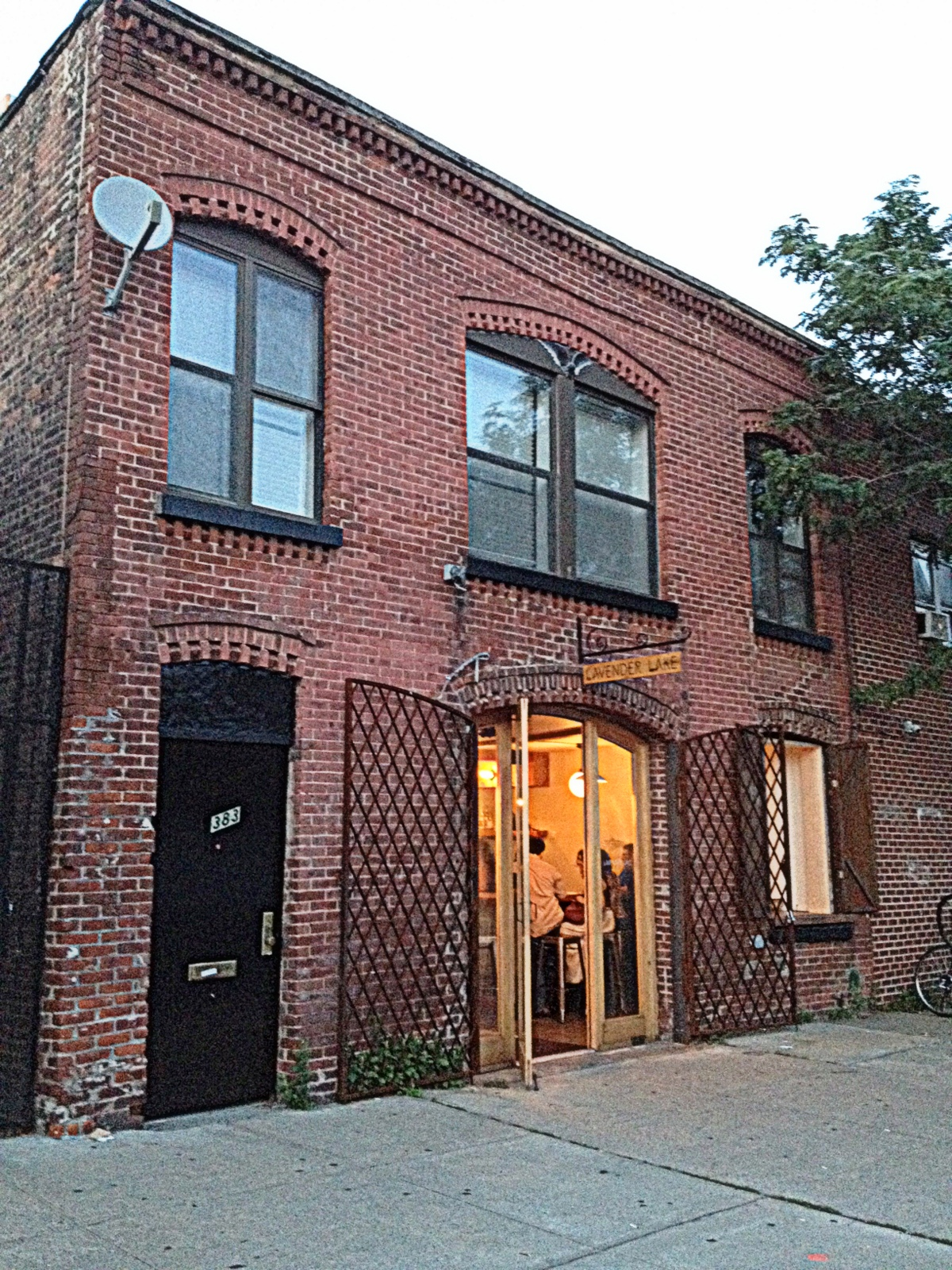 Findny lavender lake gowanus brooklyn for Real estate nyc apartments