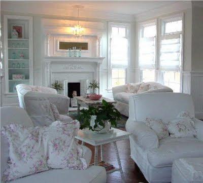Chloe colette charming house living room inspirations for Shabby chic living room ideas