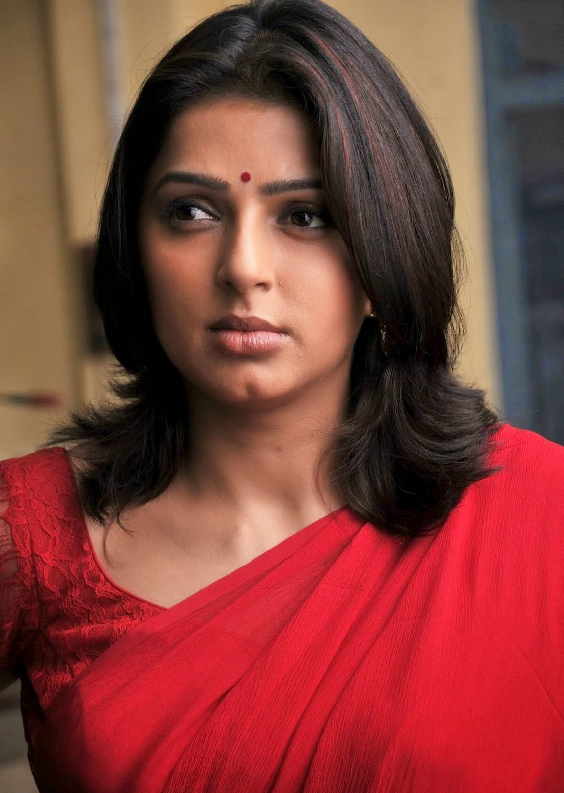 Bhoomika Chawla Hot pics in red saree hot pics unseen rare pics of bhoomika chawla hd hot pics