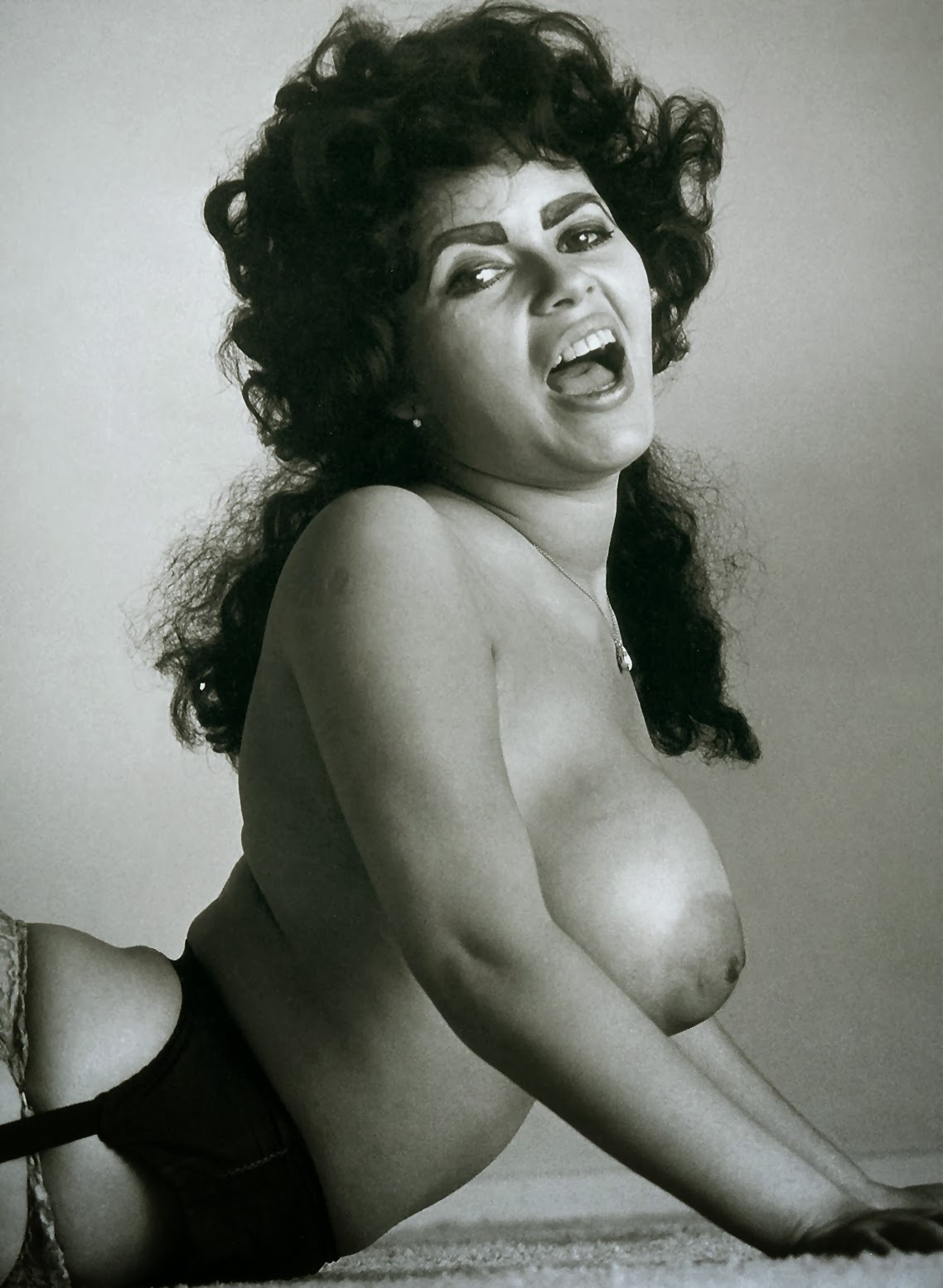 Vintage Retro And Modern Day Boobs Pics