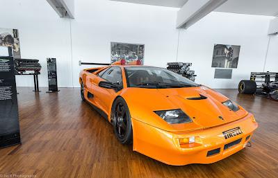 Lamborghini Diablo GT2.