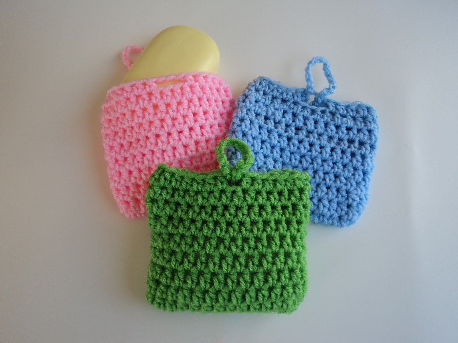 Crochet Patterns Cute : This little scrubber can also double as a soap saver and you can make ...