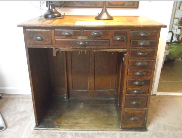 Antique Watchmakers Bench 28 Images Bench For Sale Http Www Pic2fly Com Jewelers Bench For
