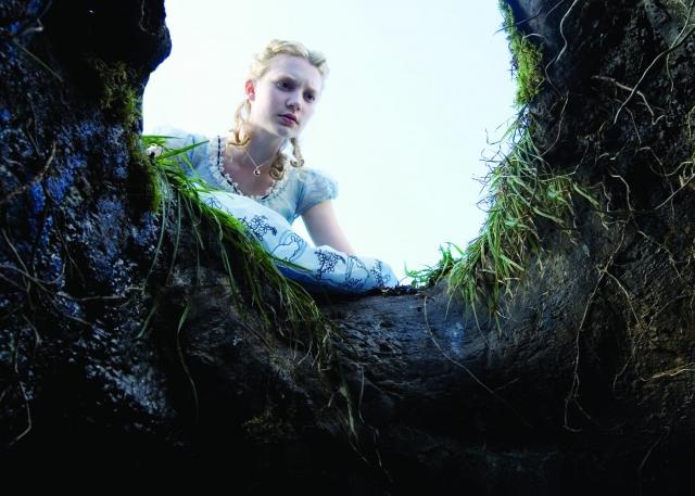 Hình ảnh phim Alice Ở Xứ Sở Thần Tiên