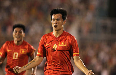Le Cong Vinh : Vietnam Football Team (3)