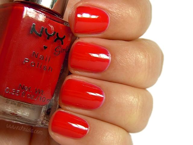 NYX Girls - Bloody Mary