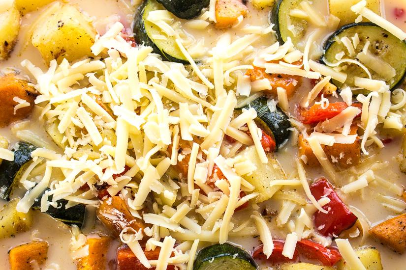 Crustless Roasted Vegetable Quiche | Svelte Salivations