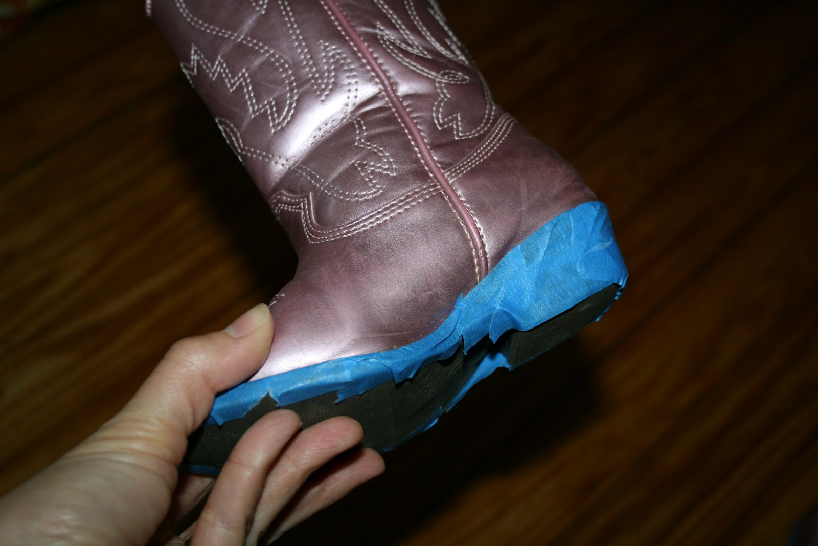 the first step is cleaning the boots with rubbing alcohol to make sure. Black Bedroom Furniture Sets. Home Design Ideas