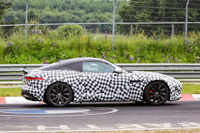 Jaguar F-Type Coupe spy shot
