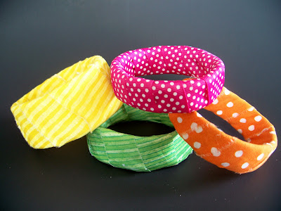 Craft Ideas  Bangles on Ucreate With Kids  Recycled Craft  Bangle Bracelets From Pringles Can