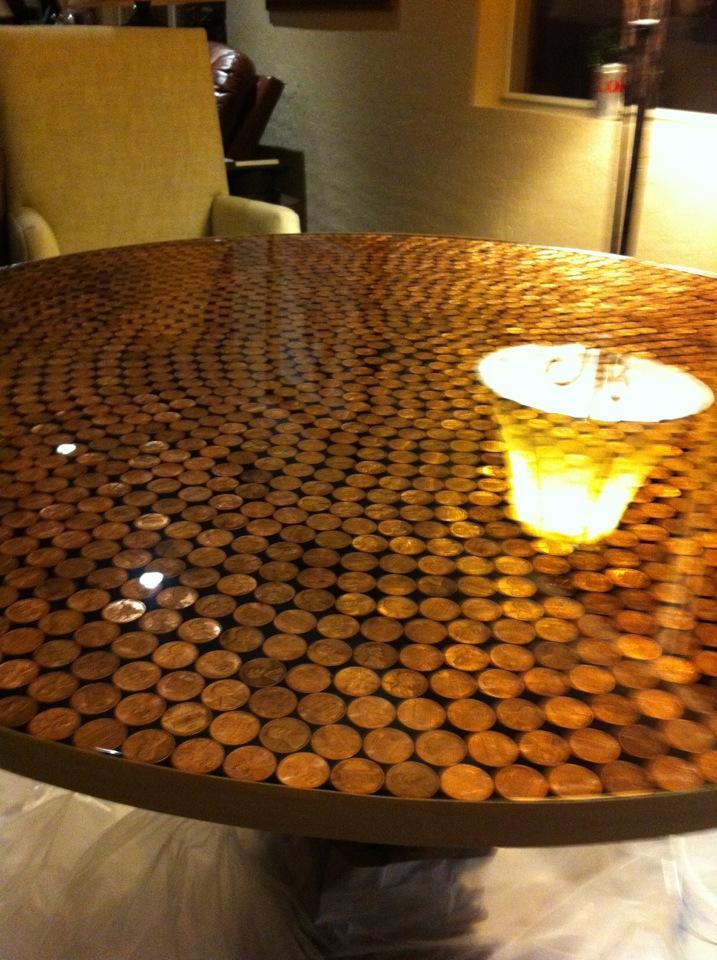 Desert home love penny table top for Como reciclar una mesa