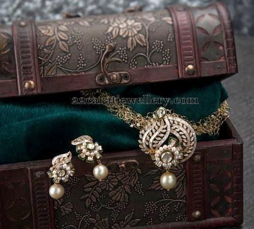 Simple Diamond Locket with Tops