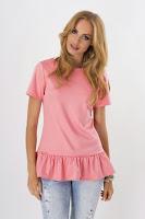 Bluza moderna, de culoare roz-somon, cu volan ( )