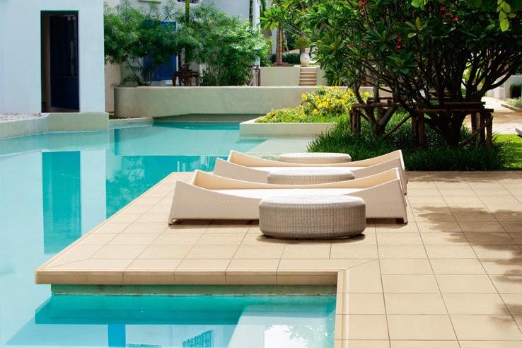 Apuntes revista digital de arquitectura dise o de for Pavimento para piscinas