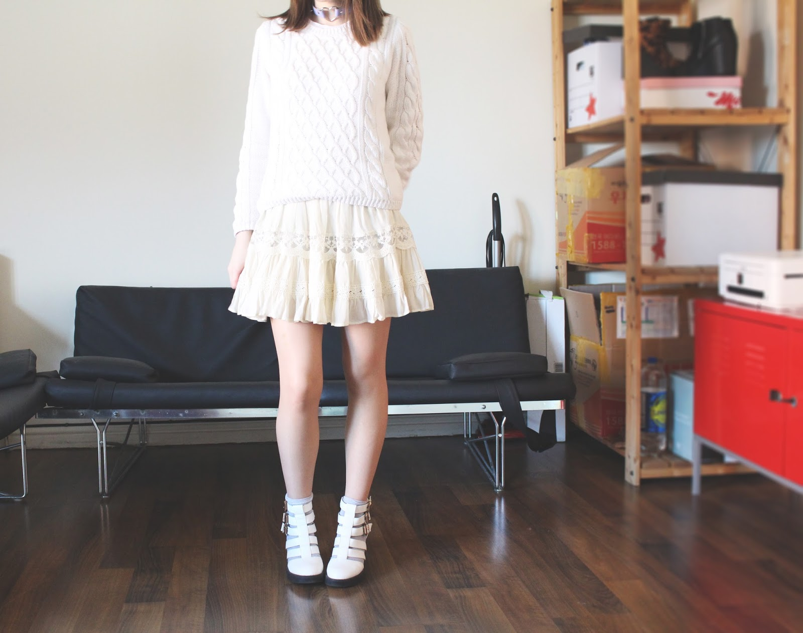all white ootd uk fashion blogger