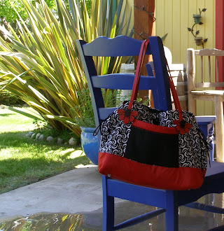 """Bow-Tucks"" Tote in Black and Red"