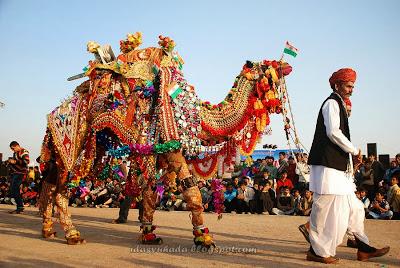 Pertandingan Menghias Unta Di India