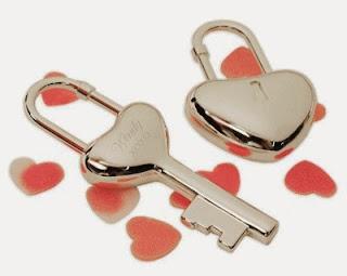 cadenas en forme de coeur
