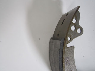 Shaved lining brake shoe