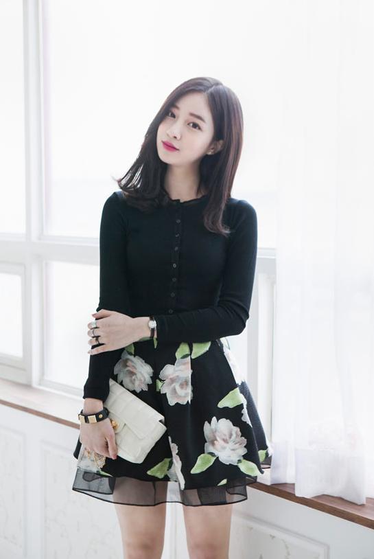 Kang Hye Yeon Cutesy Outfit