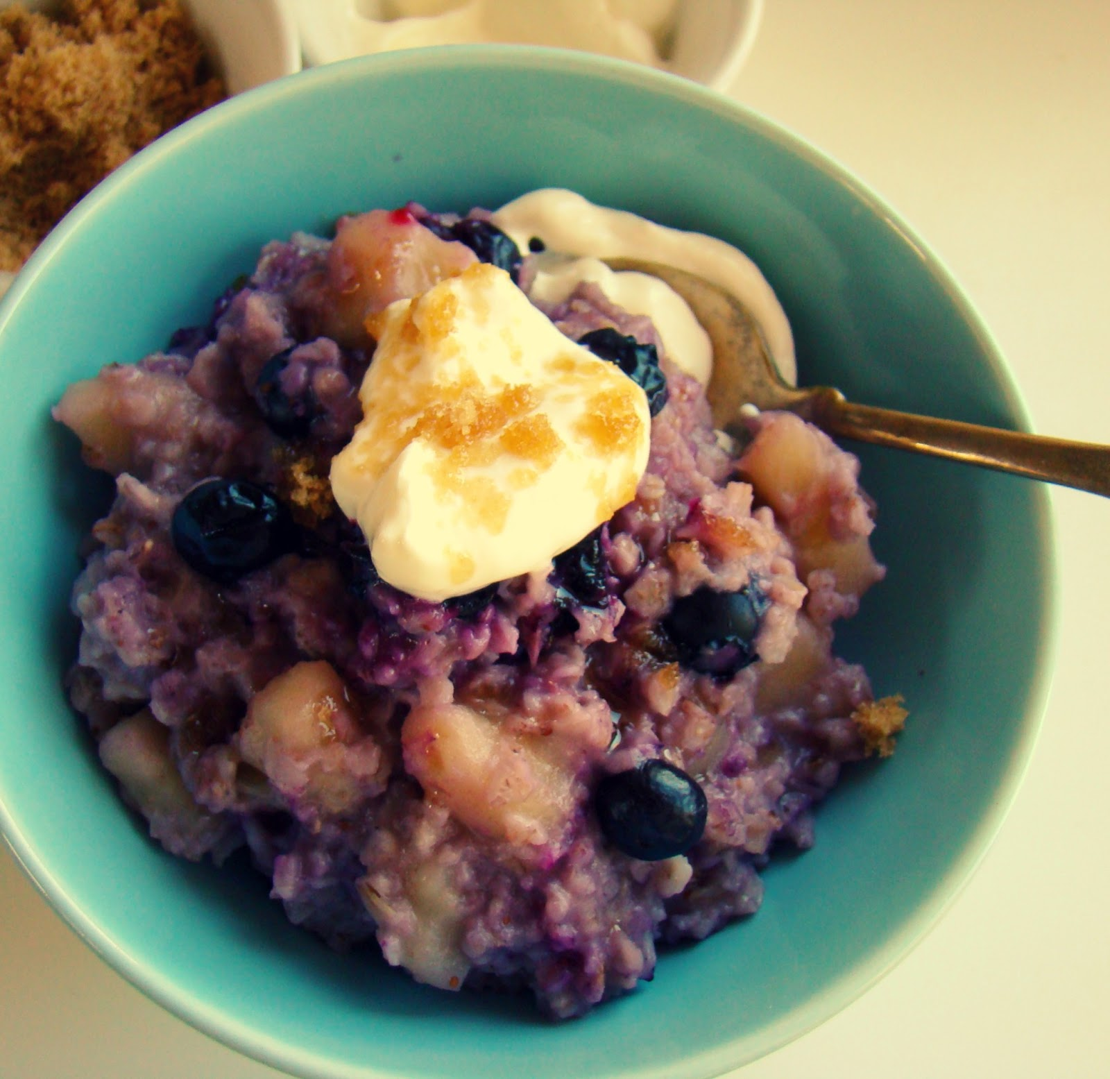 Family Feedbag: Blueberry banana oatmeal