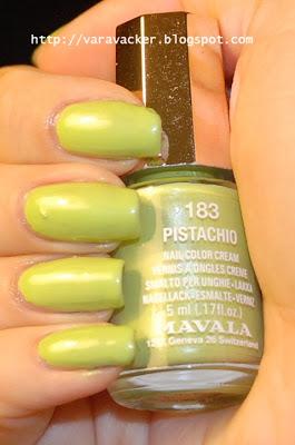 naglar, nails, nagellack, nail polish, grönt, green, mavala,