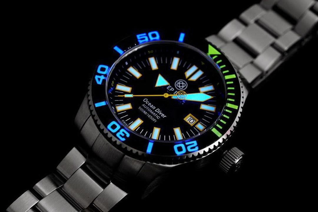 Deep blue swiss ocean diver 500 - Dive deep blue ...