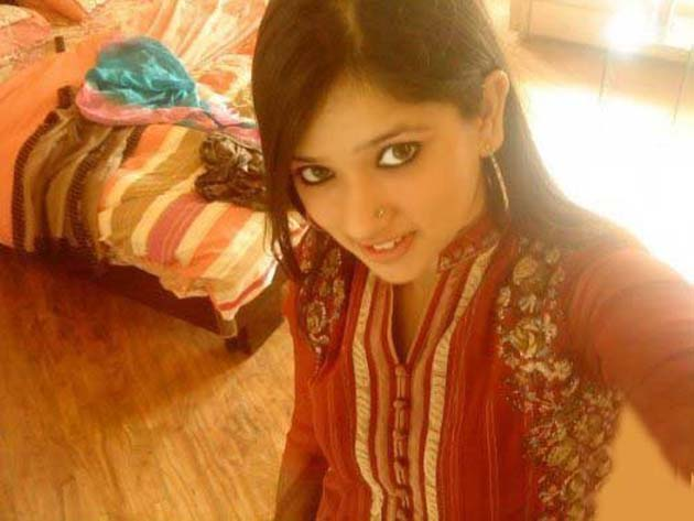 pakistani videos dating in lahore