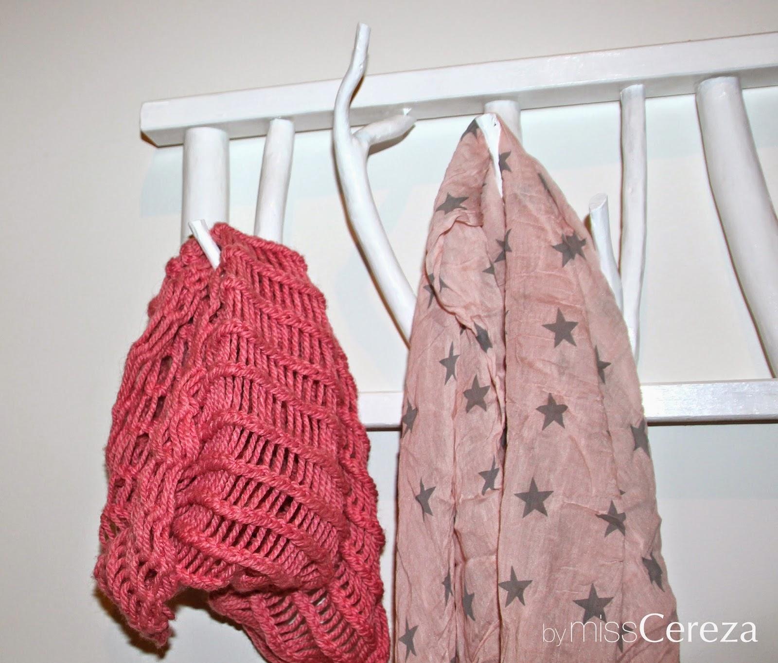 Colgador de bufandas DIY