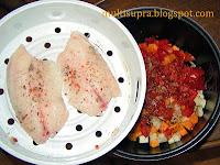 Одновременно готовим рыбу и овощи