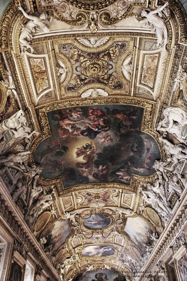 målningar i taket inne i Louvre, paris, guld, målningar, konst, konstnärer, frankrike,