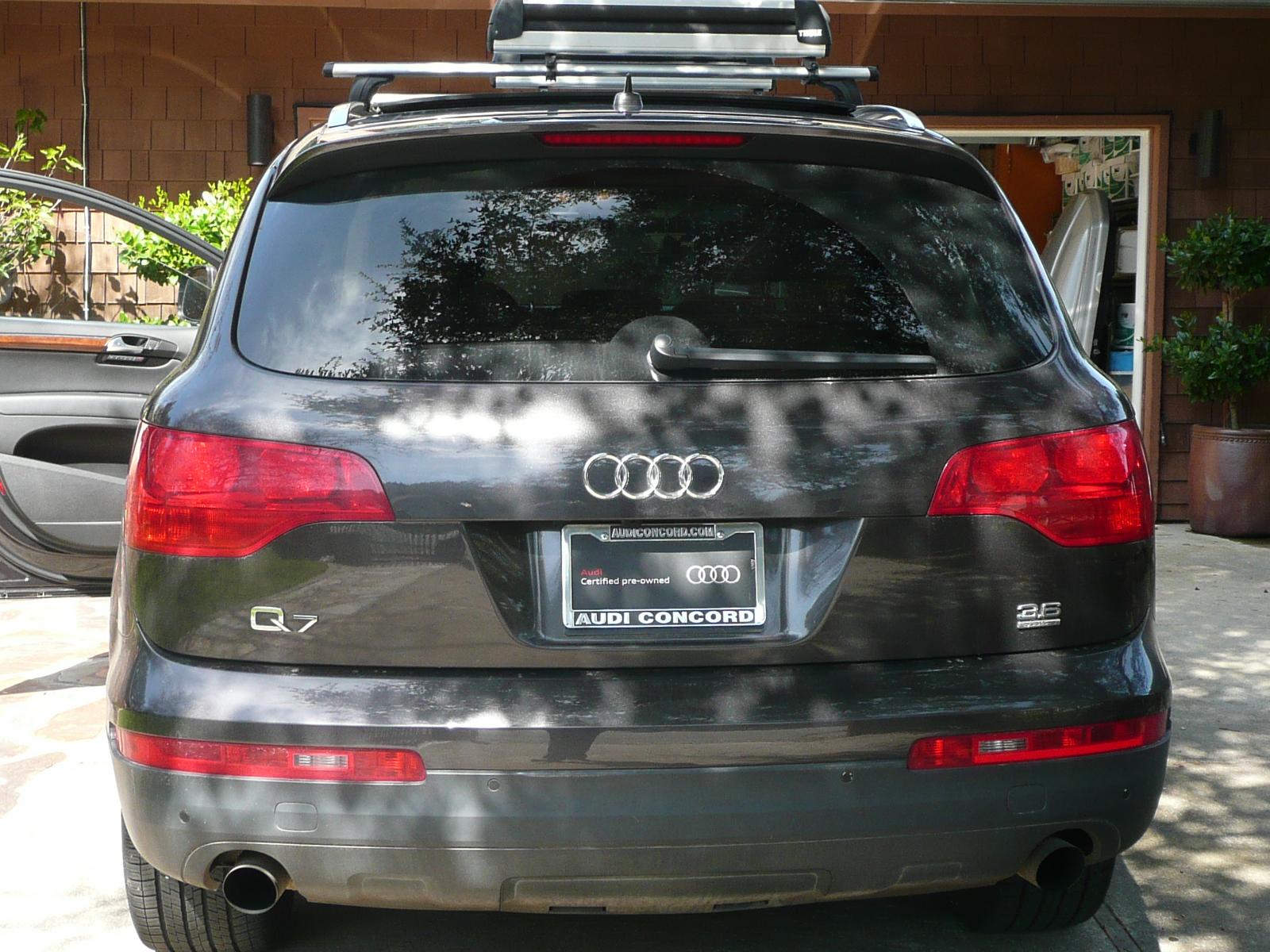 Car Mama: Audi Q7 - Happy Driver, Happy Family