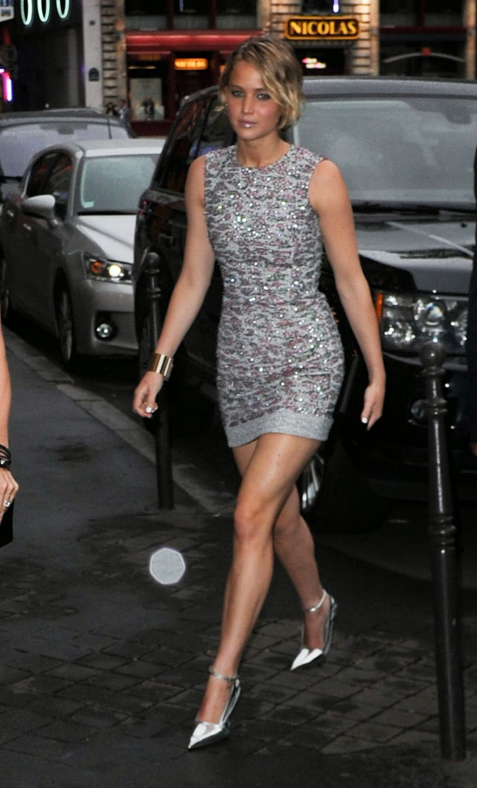 Jennifer Lawrence in a metallic embroidered mini dress at the Fall ...